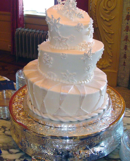 3 Tier Cake - Topsy turvy wedding Snowflakes | Unforgettable Wedding ...