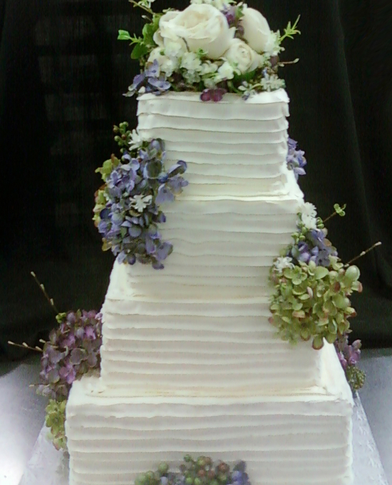Horizontal texture on square cake unforgettable wedding cake horizontal texture on square cake junglespirit Gallery