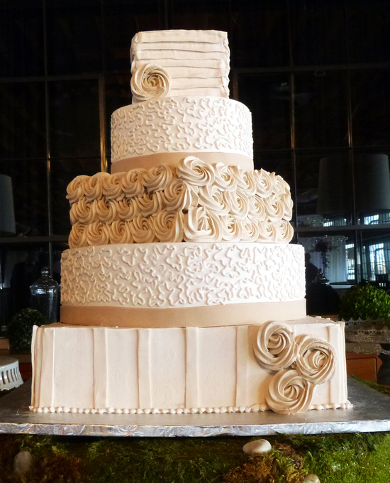 5 Tier Cake - Champagne Rosettes | Unforgettable Wedding Cake