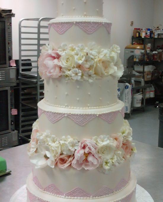 wedding cake made for Steel Magnolia's TV movei
